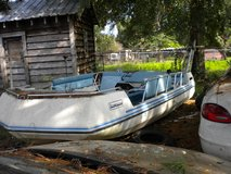 "PROJECT BOAT '' 1980 17' buccaneer inboard deck boat"". reduced 8-2 in Conroe, Texas"