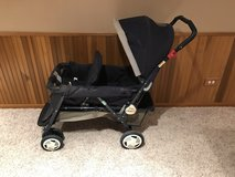 Graco Stroller double in Chicago, Illinois