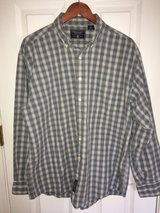 American Eagle Outfitters Men's Long Sleeve Button Up Shirt Size Large Blue and Gray Plaid in Bolingbrook, Illinois