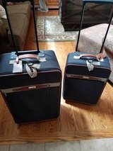 Luggage Set 2 pc great condition suitcase & carry on in Naperville, Illinois