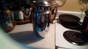 Pampered Chef Carafe - Never Used in Warner Robins, Georgia