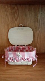 2001 whitewashed Longaberger kiddie purse in Fort Riley, Kansas