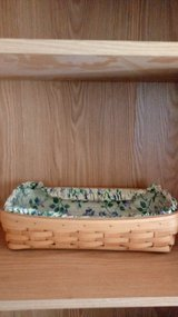 1999 classic longaberger bread basket in Fort Riley, Kansas