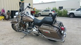 2004 harley davidson Road King in Elgin, Illinois