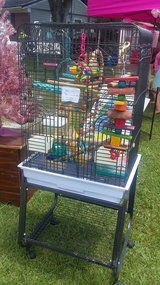 Birdcage and accessories in Camp Lejeune, North Carolina