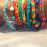 10 FRIENDSHIP NECKLACES AND BONUS BRACELETS in Travis AFB, California