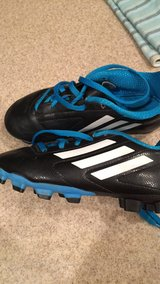 Size 1 soccer cleats in Baytown, Texas