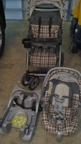 Eddie Bauer stroller base car seat travel system in Perry, Georgia