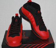 New Men's Basketball Shoes (Rycore Hammerhead) Size 11 Red in Los Angeles, California