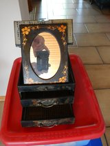 Jewelry Box/Drawers with Mirror in Ramstein, Germany