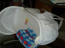 Bassinet, like new in 29 Palms, California