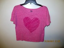 So Juniors Medium Wide Scoop Neck Cropped Tee - Pink with Fuchsia Heart in Naperville, Illinois