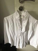 White Ruffle Blouse in Wiesbaden, GE