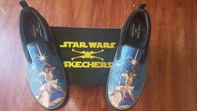 Size 10 Mens Star Wars shoes in Naperville, Illinois
