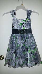 Beautiful! Floral Dress Girls Sz 10 in Naperville, Illinois