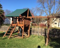 Play Set-Redwood. in Orland Park, Illinois