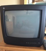 "13"" color TV in Bartlett, Illinois"