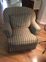 Thomasville Marlowe Chair in Fort Campbell, Kentucky