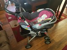 Graco click connect car seat, stroller, and car base in Temecula, California
