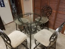 Dining table set in Colorado Springs, Colorado