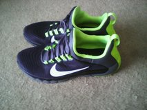 Nike  neon green in Quantico, Virginia