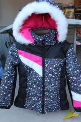 New girls winter coat  size 7/8 in Naperville, Illinois