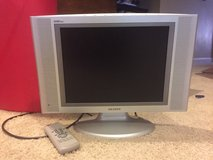 "15"" Samsung LCD TV silver in Morris, Illinois"