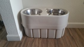 Raised Store & Feed Dog Bowls in Fort Carson, Colorado