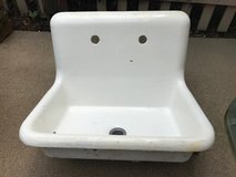Cast Iron Sink - PENDING in Aurora, Illinois