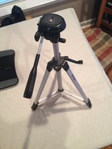 "professional 52"" tripod. smooth action and level indicator in Warner Robins, Georgia"