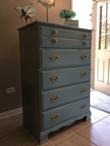 Vintage Chest of Drawers in Joliet, Illinois