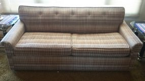 Sofa bed/love seat reversible in Yucca Valley, California