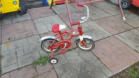 radio flyer retro red bike in Naperville, Illinois