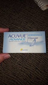 acuvue advance for astigmatism with hydraclear contact lenses -1.00 in Batavia, Illinois
