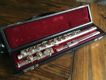 Yamaha 581 Flute in Fort Campbell, Kentucky
