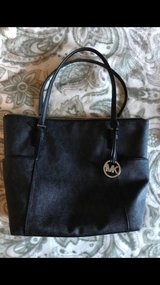 Authentic Michael Kors purse in Vacaville, California