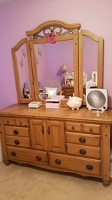 *BEAUTIFUL SOLID WOOD KING BEDROOM SET* in Plainfield, Illinois