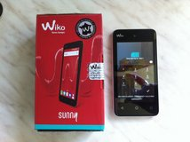 Android Dual SIM Smart Phone with Pre-Paid SIM in Stuttgart, GE