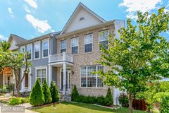 very nice Townhouse in perfect location with gorgeous view (in Virginia outside of DC) in Fort Belvoir, Virginia