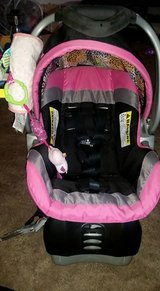 Infant carseat in Morris, Illinois