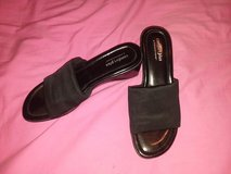 comfort plus by predictions women's sandals 7 1/2 in Plainfield, Illinois