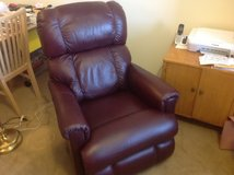 Maroon electric recliner only 8 months old; must move by 7/26 in Algonquin, Illinois