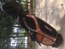 New Tour Edge Orange Golf bag and Cleveland Cubs (USED-GOOD CONDITION) in Fort Benning, Georgia