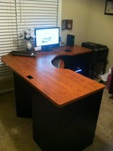 L - Shape Desk in Warner Robins, Georgia