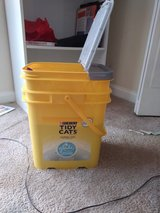 tidy cats 35lb container in Camp Lejeune, North Carolina