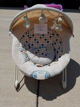 Graco soothing sounds deluxe bounce seat in DeKalb, Illinois