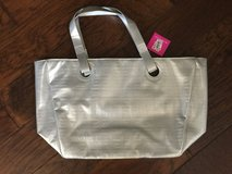 REDUCED-BRAND NEW- Givenchy Tote in Kingwood, Texas