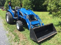 2006 New Holland TC45D 4x4 Tractor in Jacksonville, Florida