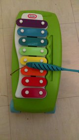 Little tykes xylophone in Cannon AFB, New Mexico