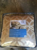Queen Comforter Set in Fort Carson, Colorado